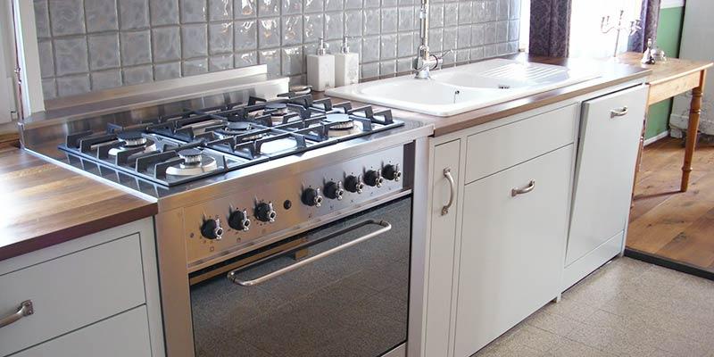 Holz und Haus Küchen